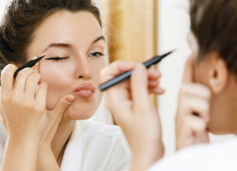 5 Makeup Mistakes You Are Making Right Now